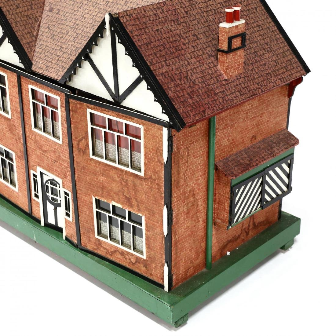 Edwardian Tudor-Style Doll House - 3