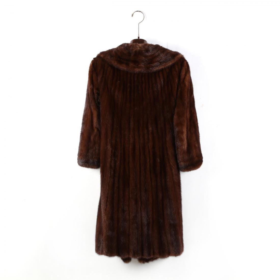 Vintage Ladies Mink Coat - 2