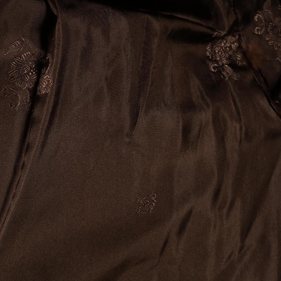 Vintage Ladies Mink Coat - 4