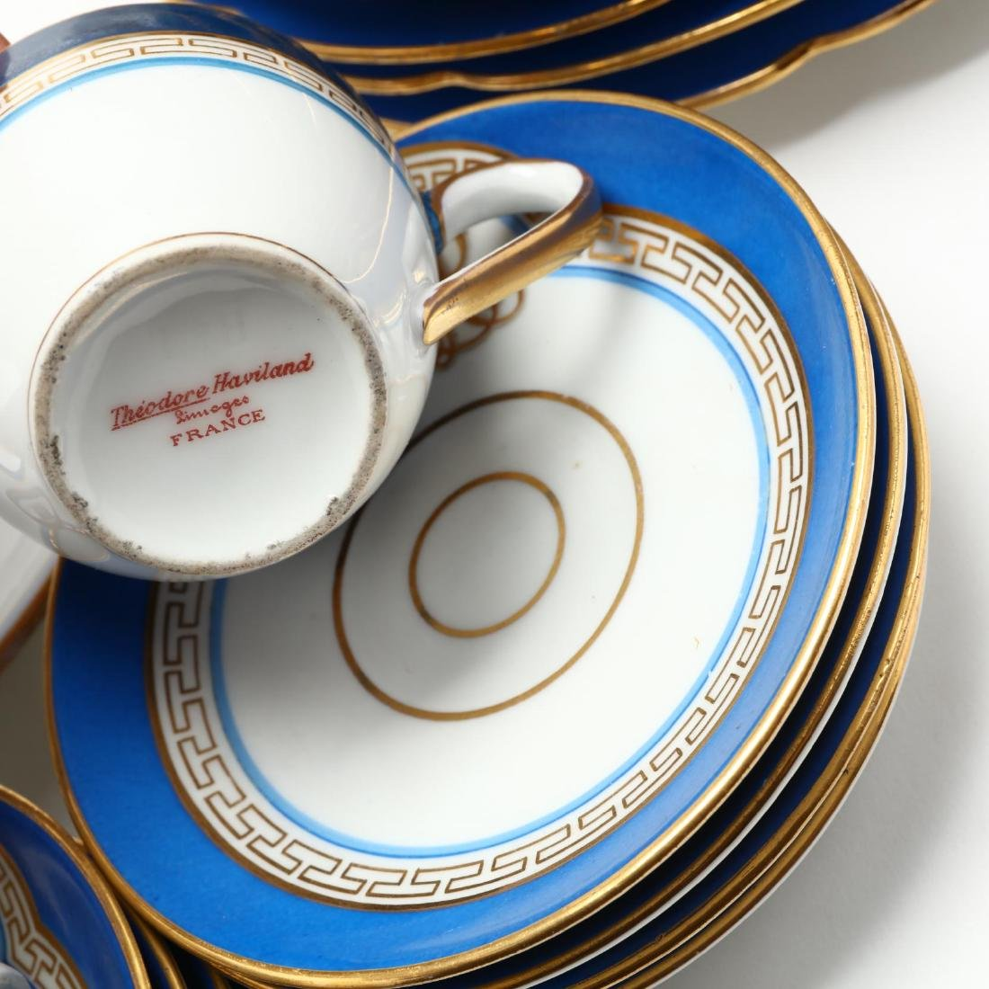An Antique Set of Monogrammed Paris Porcelain - 6