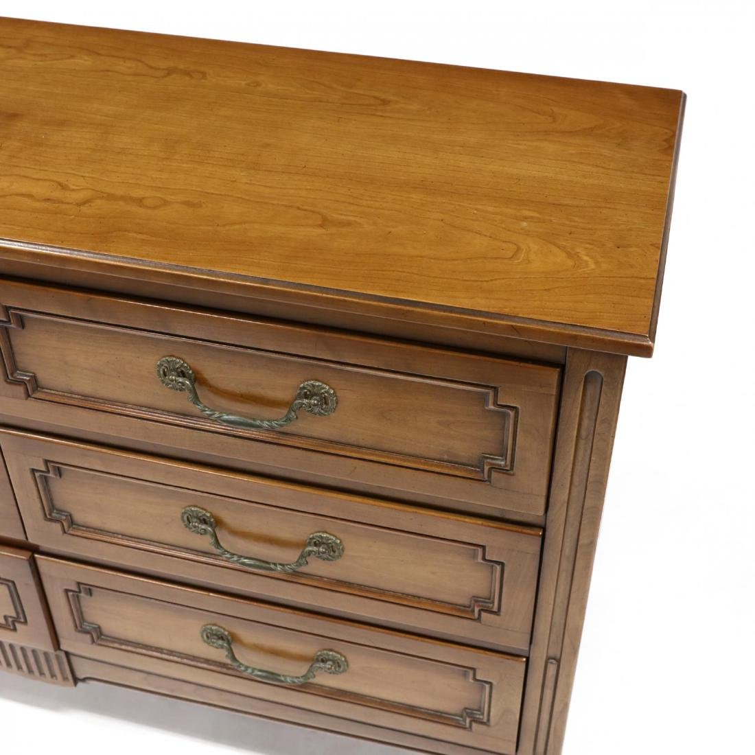 Henredon, French Provincial Style Cherry Chest of - 4