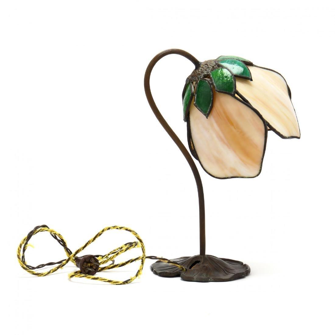 Vintage Slag Glass Tulip Form Table Lamp - 4