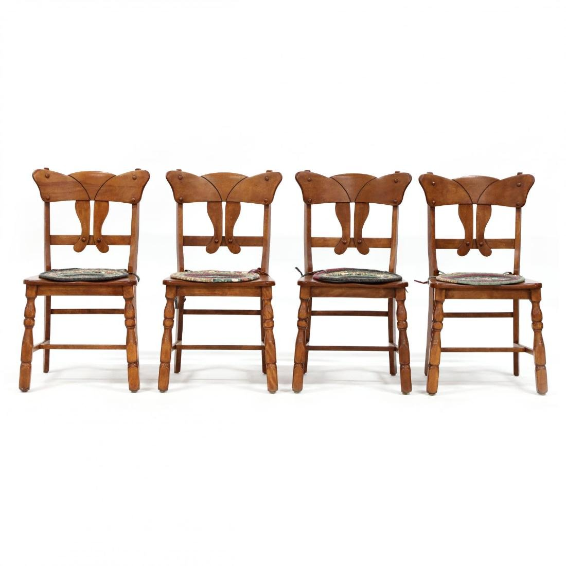 Vintage Colonial Style Maple Dining Table and Four - 5