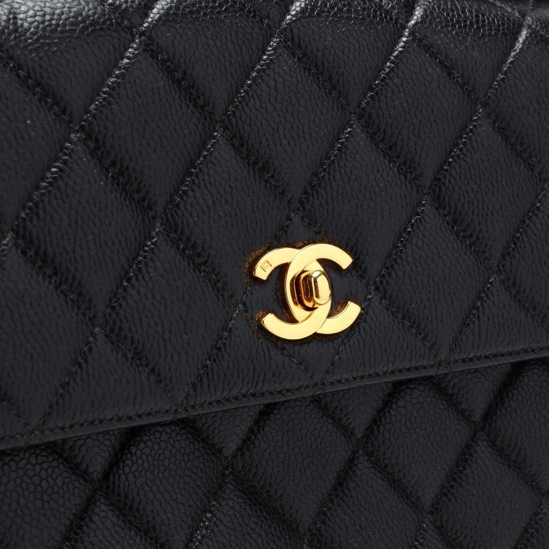 Caviar Leather Trapeze Flap Handbag, Chanel - 4
