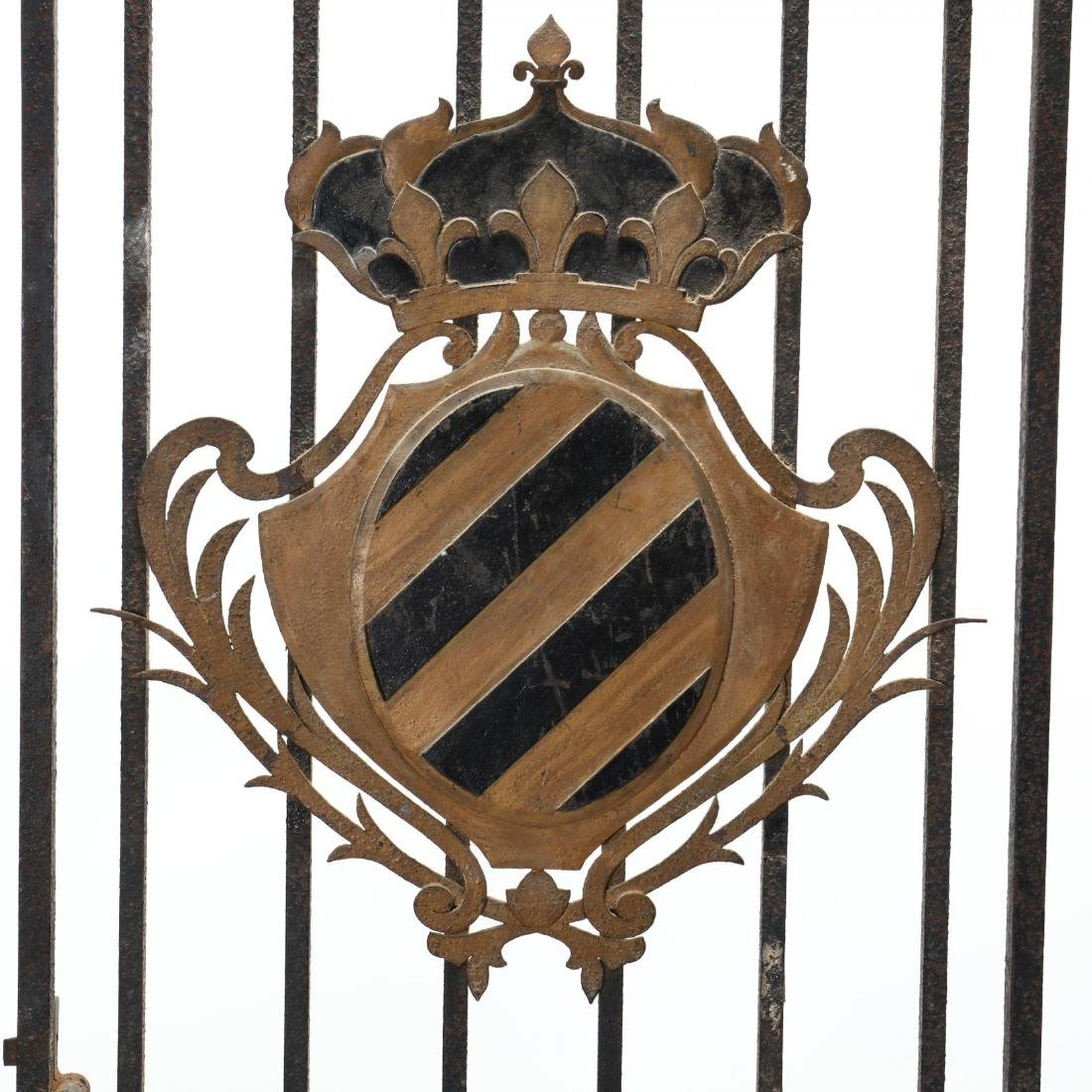 Continental Antique Iron Gate with Coat of Arms - 2