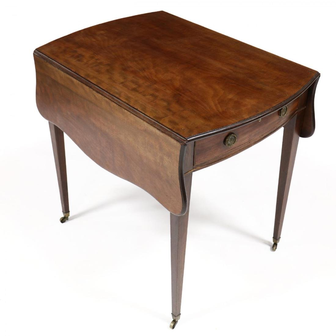 George III Mahogany Bow Front Pembroke Table - 2