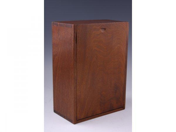1020: American Candlebox, 19th c.,