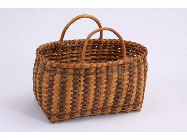 1023: NC Cherokee Shopping Basket,