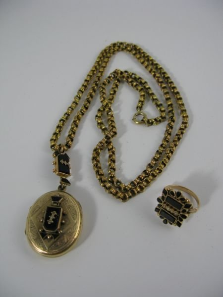 1024: Gold & Onyx Ring and Locket,