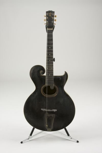 2002: 1912 Gibson Style O Archtop Acoustic Guitar,