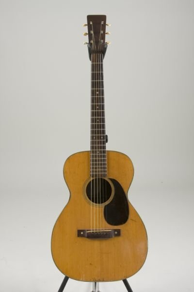 2004: Vintage 1944 Martin 0-18 Flat Top Guitar,