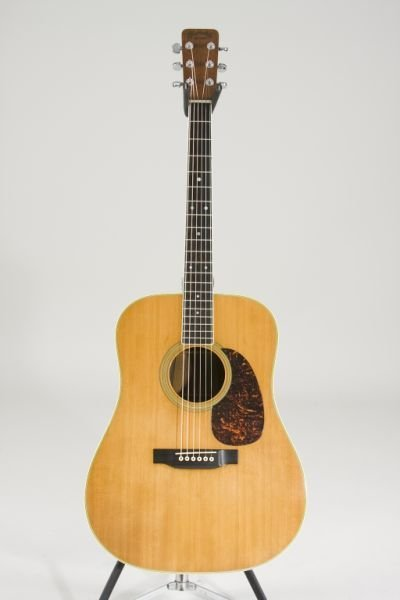 2007: Vintage 1969 Martin D-35 Flat Top Guitar,