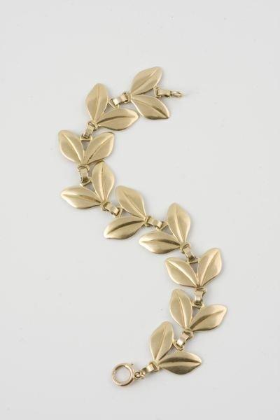18: Tiffany 14KT Gold Link Bracelet,