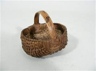 Oak Splint Miniature Basket,