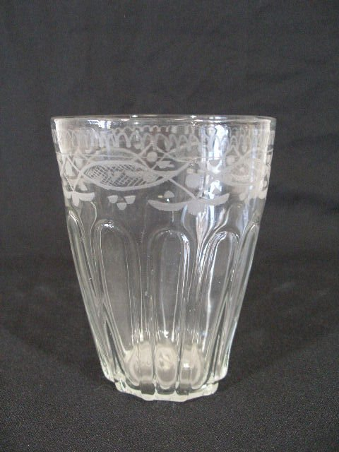 21: Large Engraved Flip Glass, 18th c.,