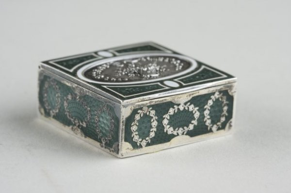18: French Silver & Enameled Pill Box, 19th c.,