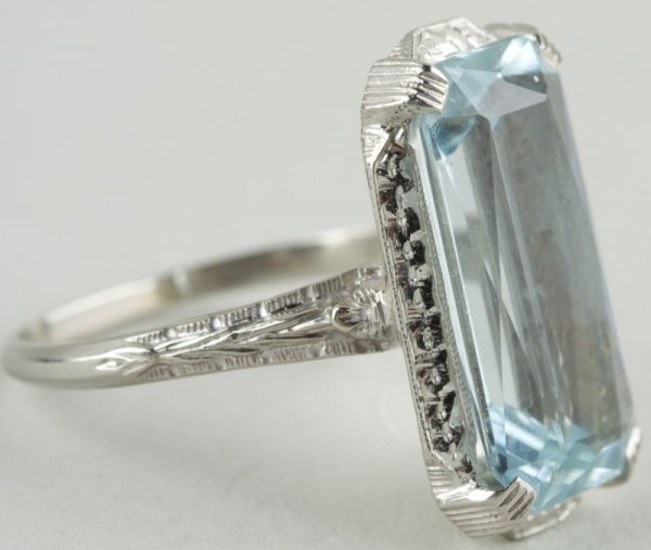 23: 18KT White Gold and Aquamarine Ring,