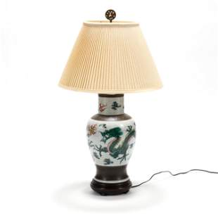 A Chinese Style Dragon Vase Lamp