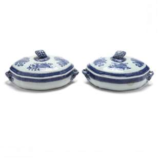 A Pair of Chinese Export Blue Fitzhugh Pattern Covered