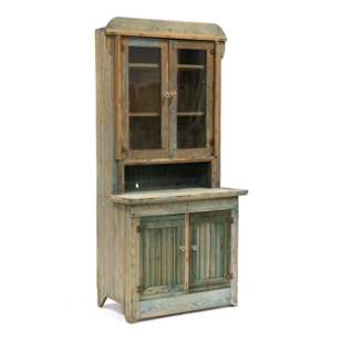 Southern Scrubbed Pine Step-Back Cupboard