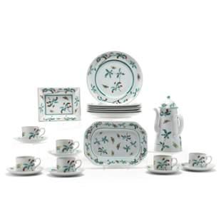 Mottahedeh Porcelain Famille Verte Service for Six