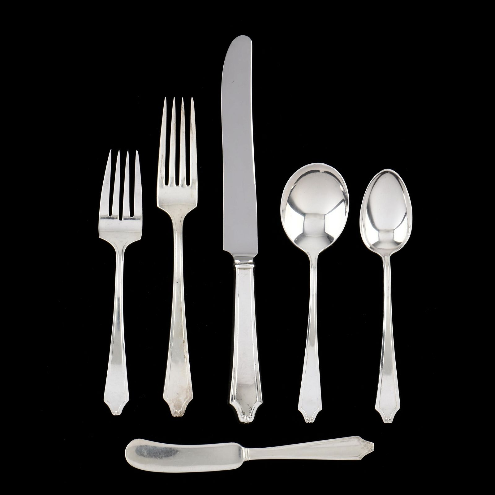 International Minuet Sterling Silver Flatware Service