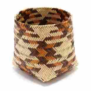 Contemporary Cherokee Basket by Rowena Bradley (NC,