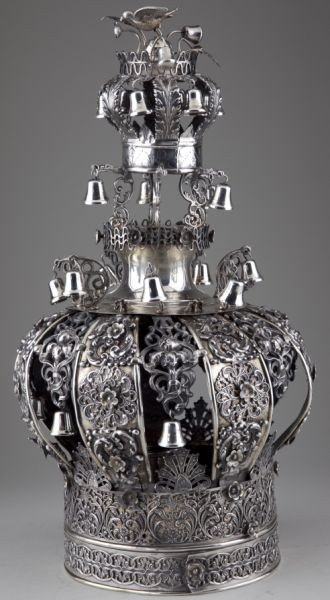 16: Continental Parcel-Gilt Silver Torah Crown