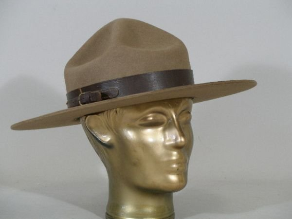 313: Royal Canadian Mounted Police Campaign Hat, 1960s,
