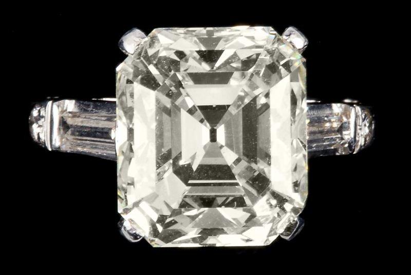 380: Impressive 9.90 carat Platinum and Diamond Ring