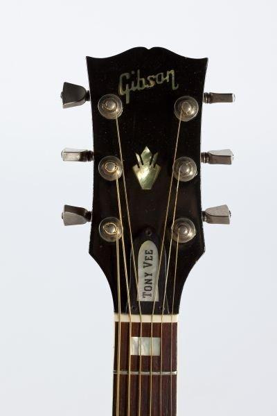 696: 1974 Gibson Hummingbird Flat Top Guitar - 2
