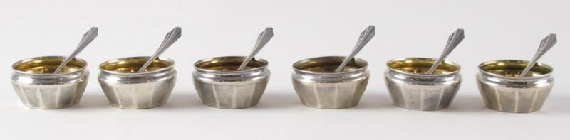 20: Set of (6) Sterling Salts and Salt Spoons