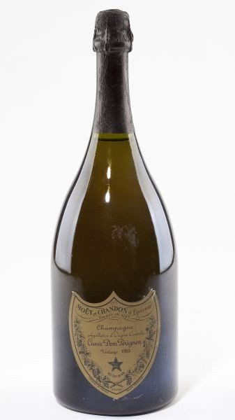 1002: Moet & Chandon Champagne