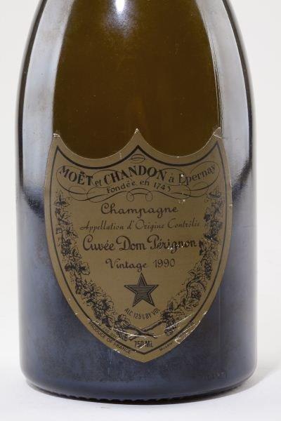 1003: Moet & Chandon Champagne - 2