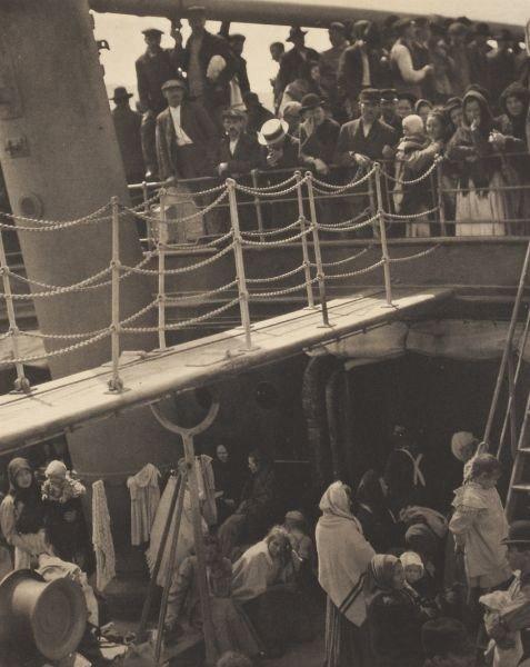 "44: Alfred Stieglitz (Am., 1864-1946), ""The Steerage"""