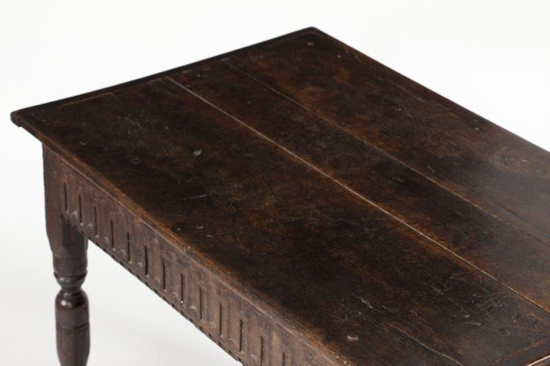 559: English Jacobean Style Oak Table - 4