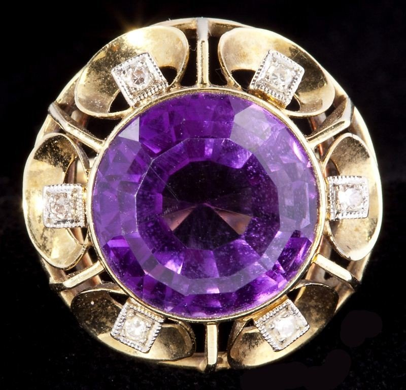 634: Amethyst and Diamond Ring