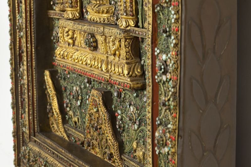 700: Rare Nepalese Jeweled Wall Sculpture - 8