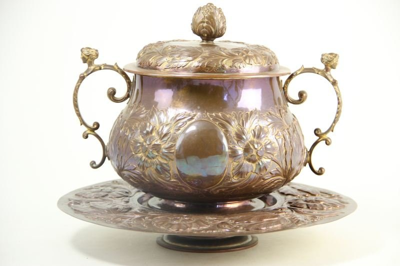 787: Arts and Crafts Copper Tureen