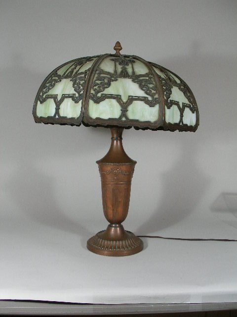 2225: Arts and Crafts Table Lamp, att. to Bradley & Hub