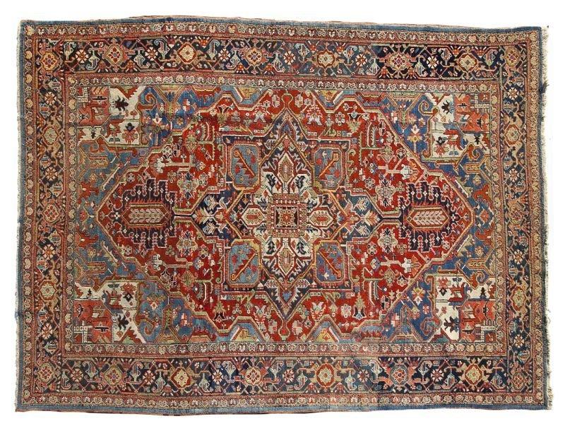 174: Heriz Room Size Carpet