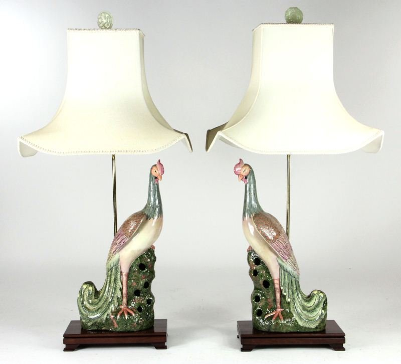 7: Pair of Chinese Export Porcelain Lamps
