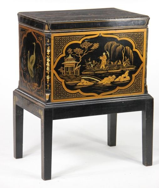 13: Chinoiserie Bottle Case on Stand