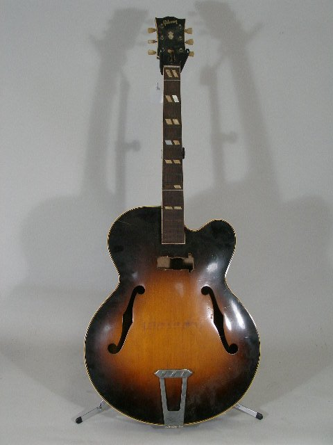 1009: Vintage Gibson L7-C Acoustic Archtop Guitar, 1952