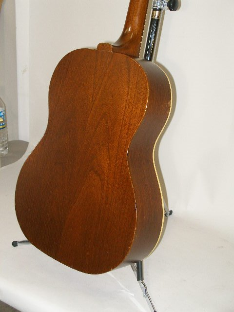 1012: Vintage Gibson Flat Top Guitar, c. mid 1960s, - 10