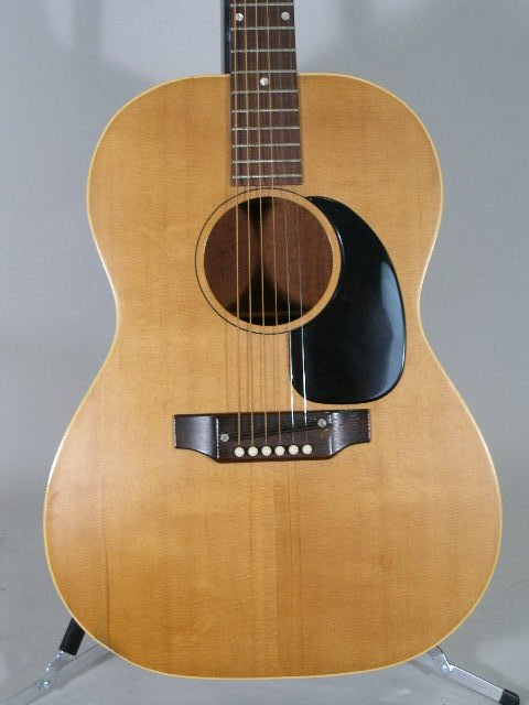 1012: Vintage Gibson Flat Top Guitar, c. mid 1960s, - 2