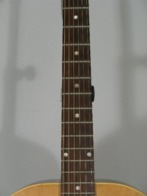 1012: Vintage Gibson Flat Top Guitar, c. mid 1960s, - 3