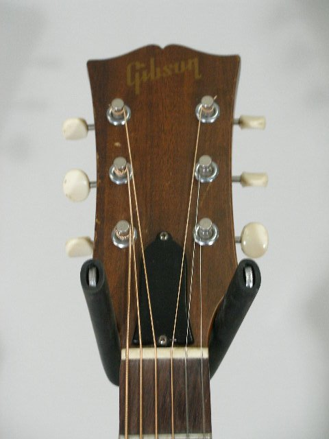 1012: Vintage Gibson Flat Top Guitar, c. mid 1960s, - 4