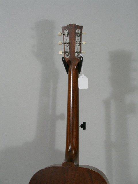 1012: Vintage Gibson Flat Top Guitar, c. mid 1960s, - 9