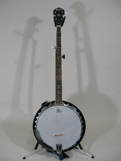 1017: Washburn 5-String Resonator B-9 Banjo,